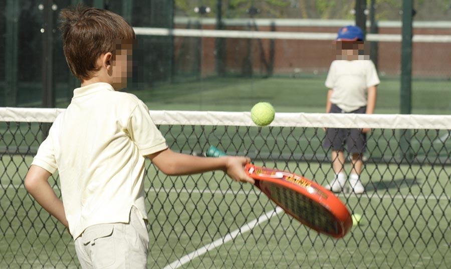 Escuela de pádel para niños Madrid